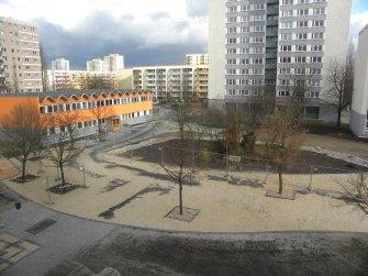 Schulhof 01.03.2010